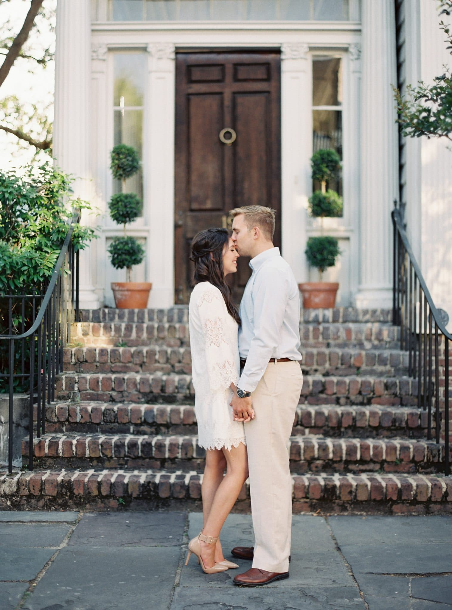 Jake and Heather Photos, Charleston Engagement Photo Session, downtown charleston, blogger bride, pretty in the pines