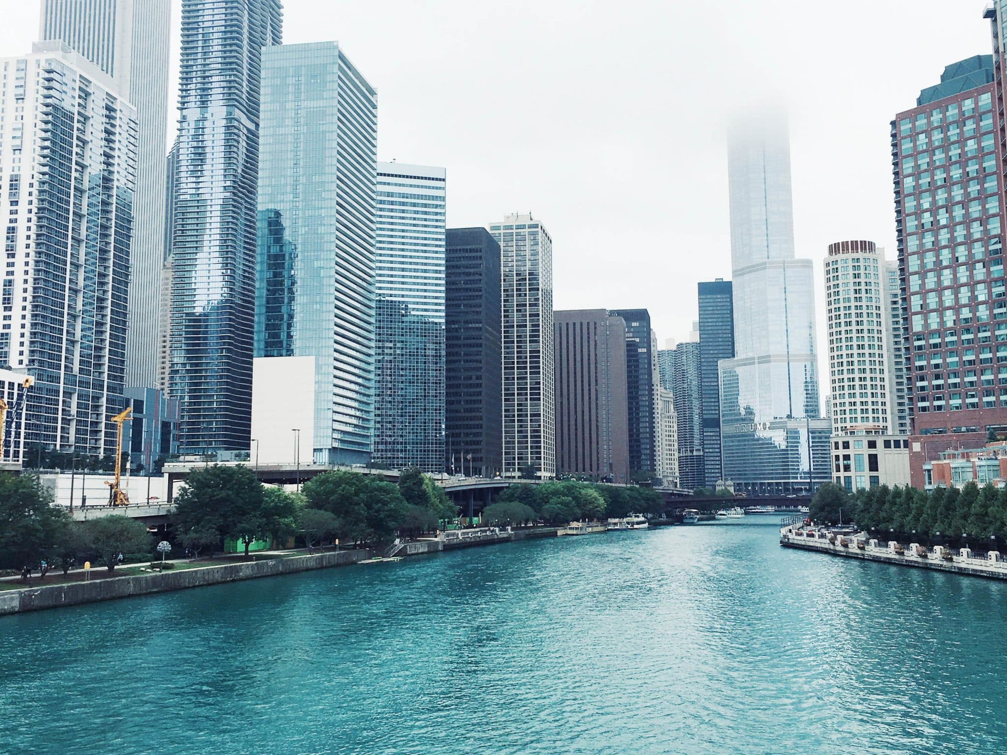 what to do in chicago, one day in chicago itinerary, best places to go in chicago, pretty in the pines blog, travel tips, downtown chicago