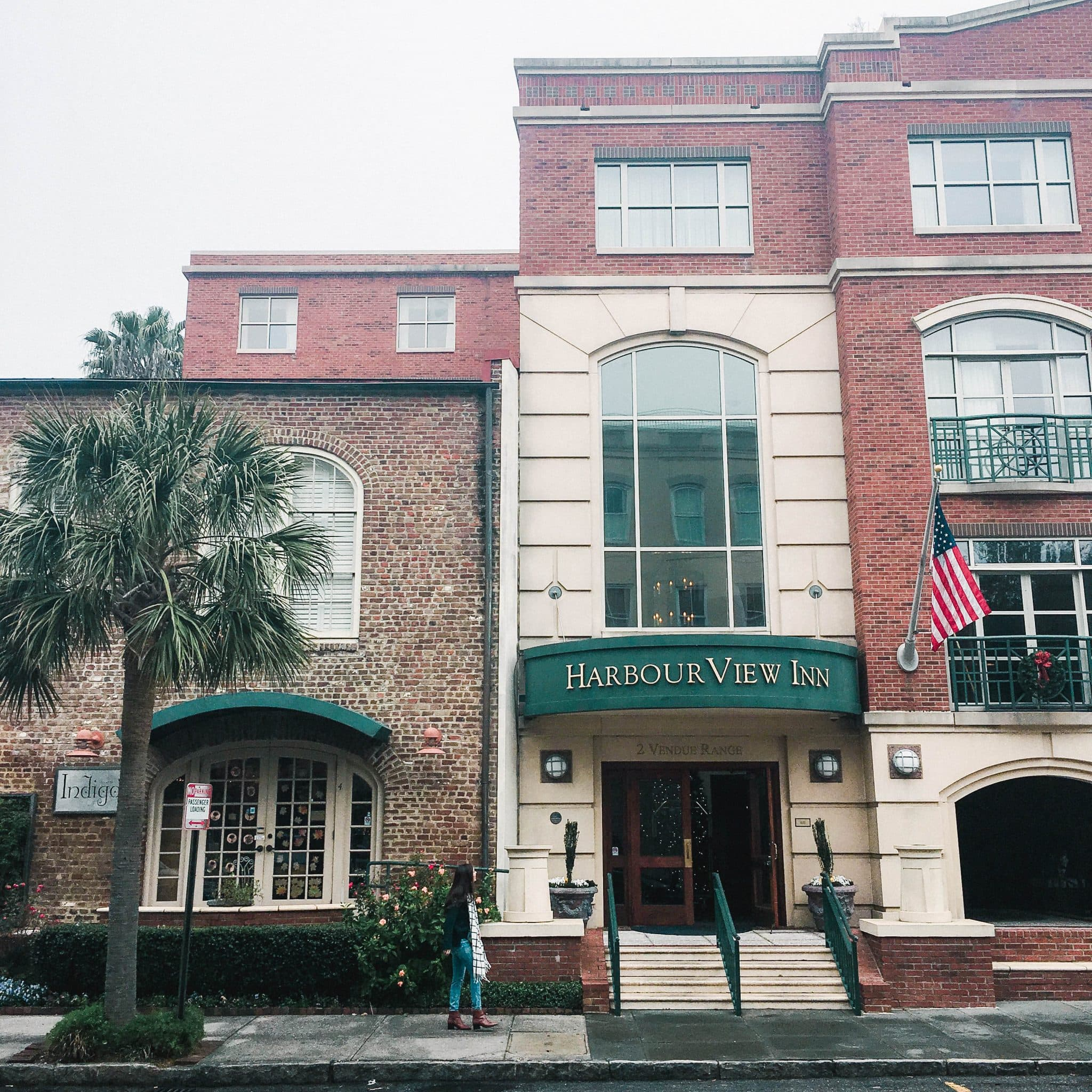 harbourview inn, charleston hotel, downtown hotels in charleston SC, pretty in the pines, travel blog