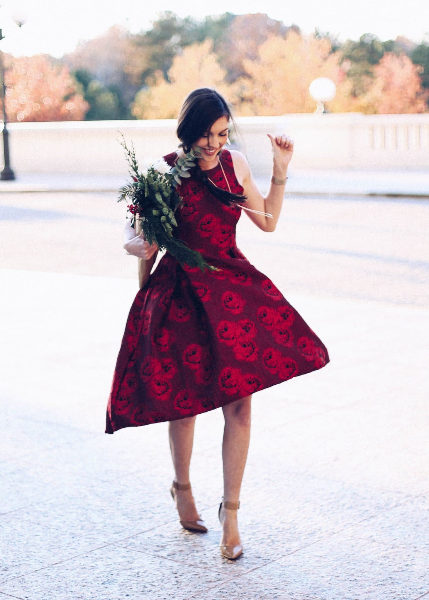 chic wish, holiday outfit idea, winter wedding, kendra scott, pretty in the pines blog