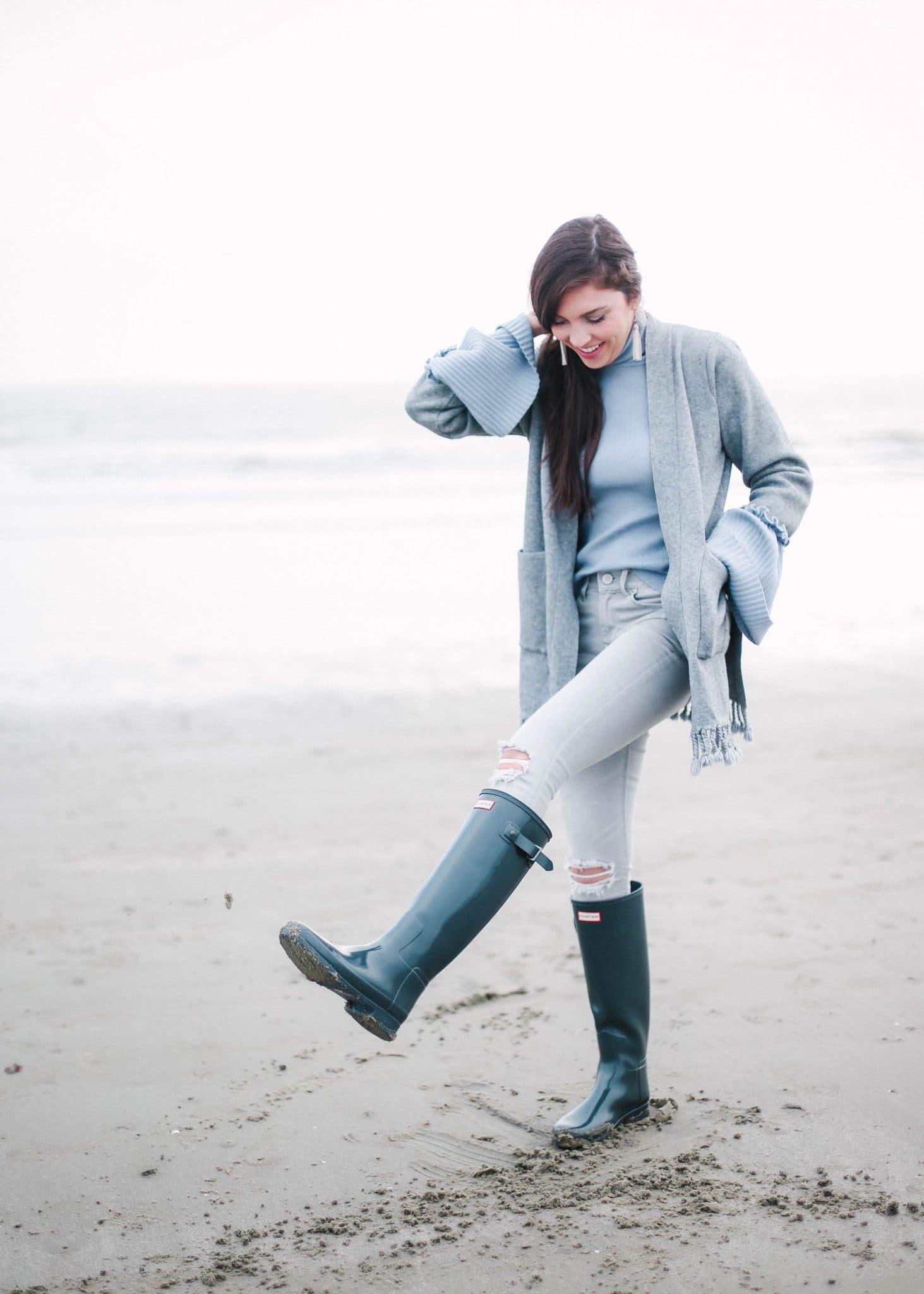 hunter boots teal beach, winter beach photography, pretty in the pines, sullivan's island, charleston, travel blog