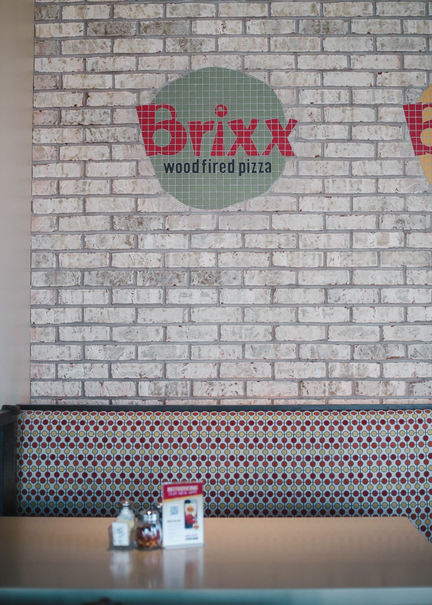 brixx pizza nc food blog, raleigh restaurants pizza, cary nc pizza, pretty in the pines north carolina blog