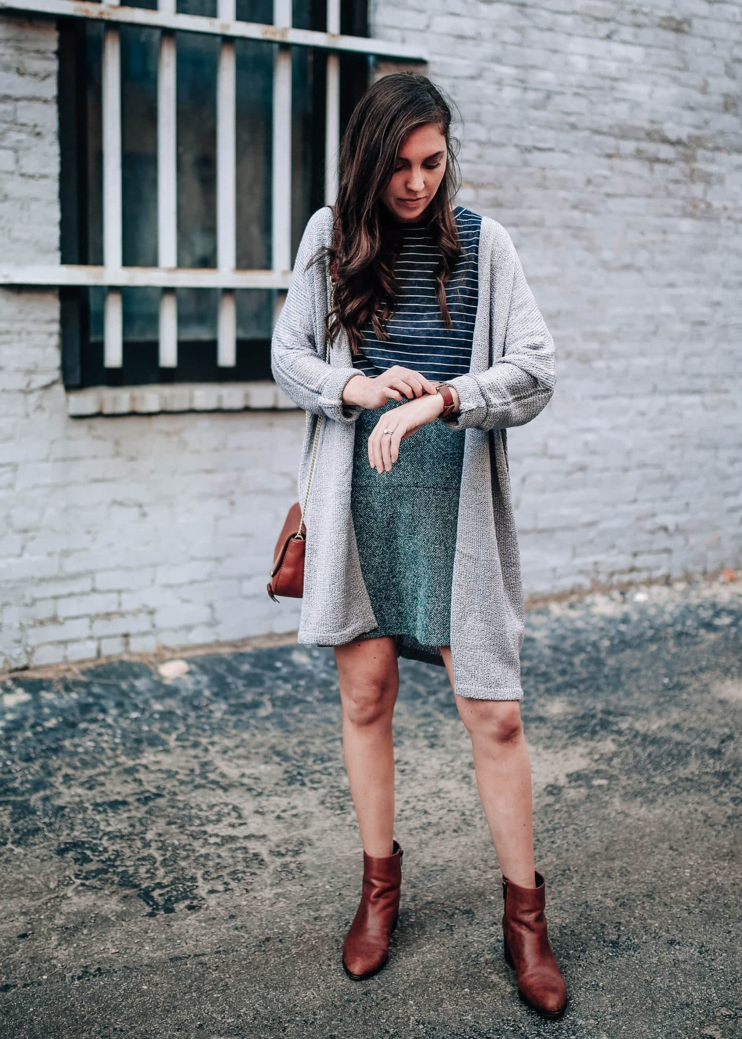 65b6a89ea6 How To Wear A Short Pleated Skirt In The Winter - Data Dynamic AG