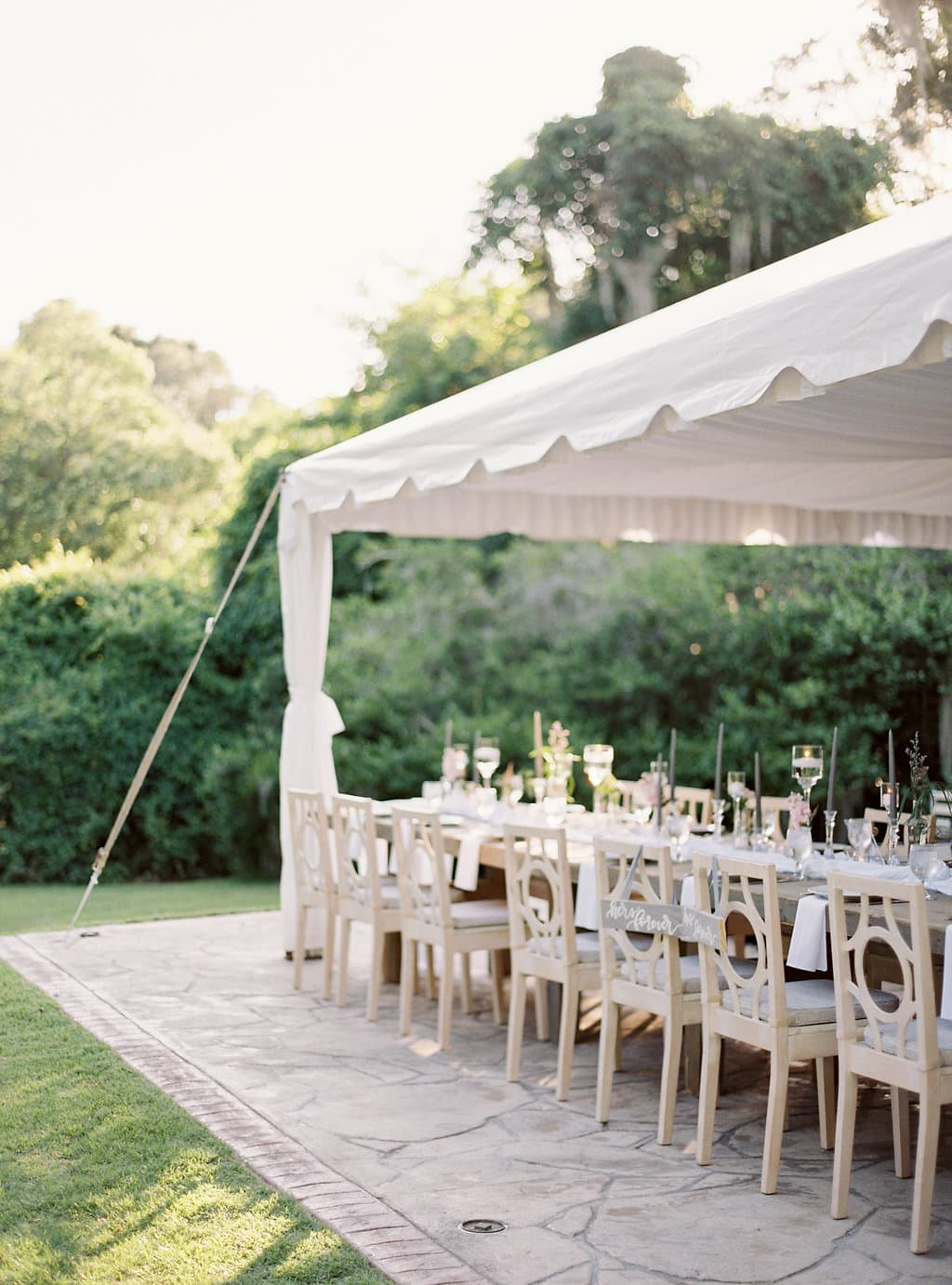 wedding wednesday save or splurge pretty in the pines north