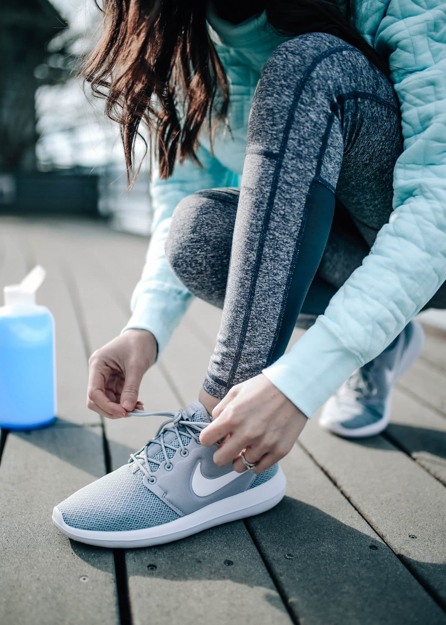 7700480eee9713 Luckily, one of my favorite retailers for activewear is having a huge end  of year sale right now! Shopbop is offering an extra 25% off all their sale  ...