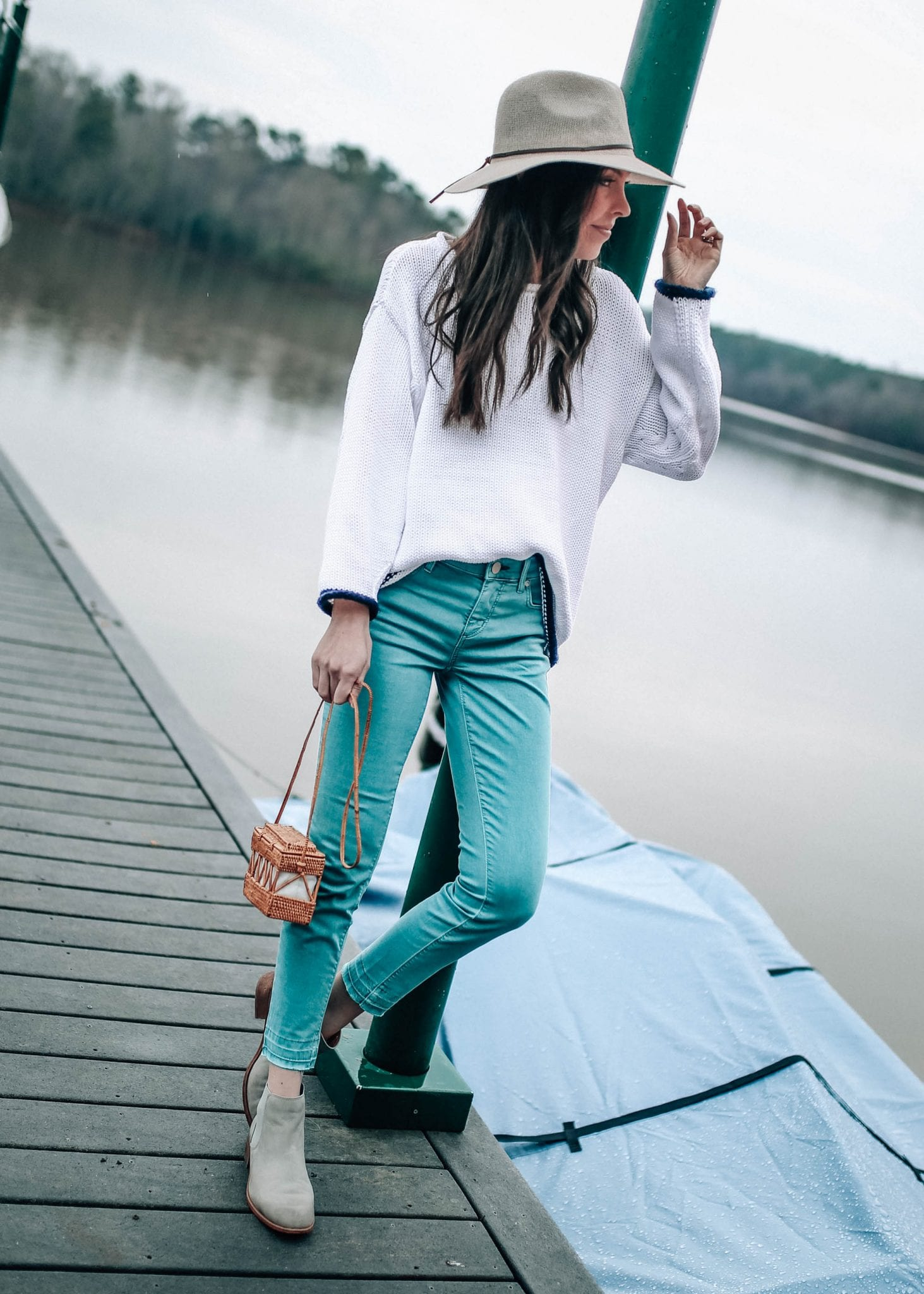 pretty in the pines spring outfit idea