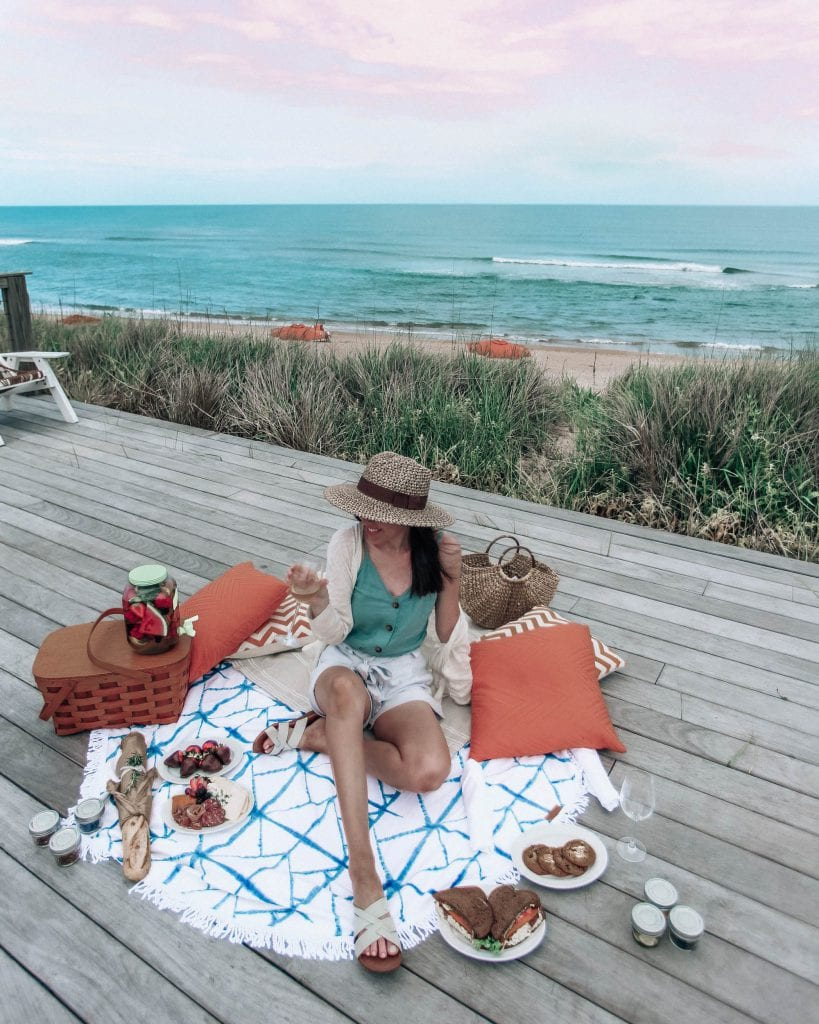 Picnic at Sanderling Resort
