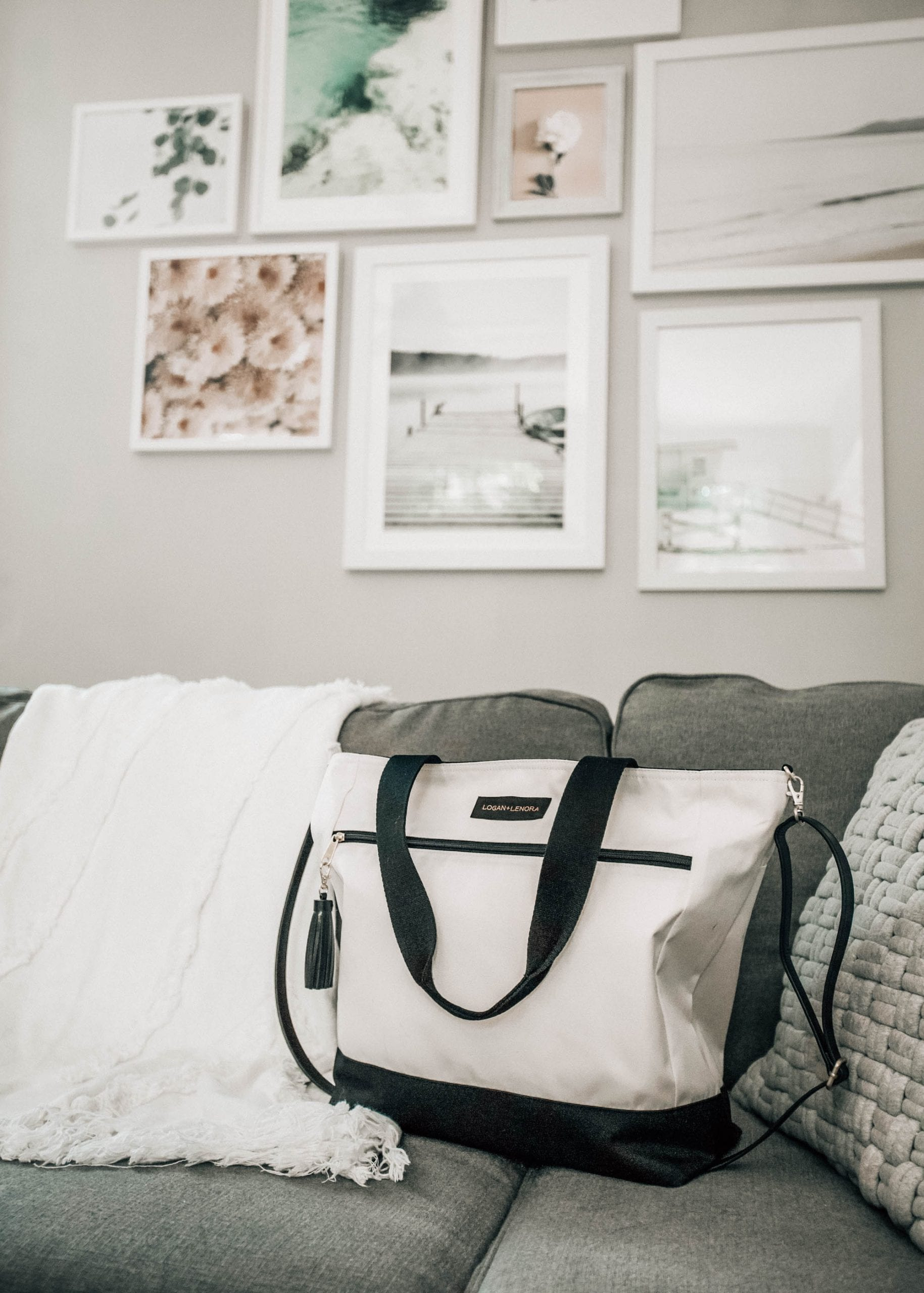 10 Items To Travel More Comfortably