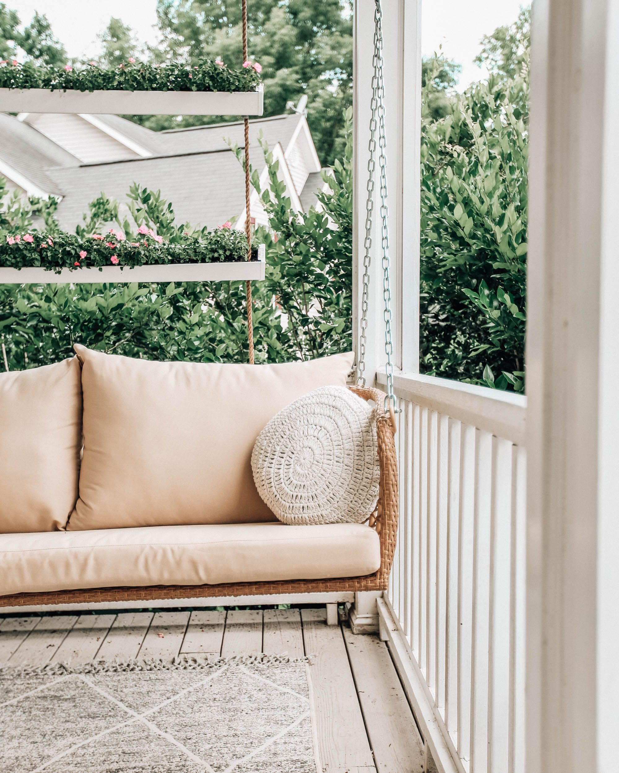 13 Porch Swings for Every Style